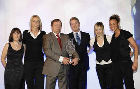 2007 Sports awards - Arsenal ladies