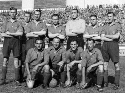 We just wear the shirts: the Army football team during its tour of Italy in May 1945