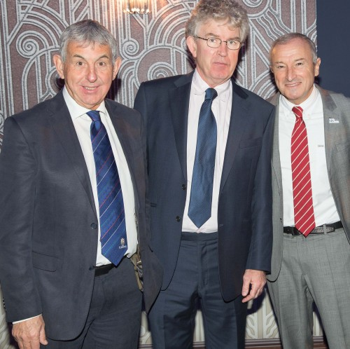 The SJA's glittering Sports Awards was great for star-spotting, according to Anton Rippon: Here Sir Ian McGeechan and the event's presenter, Jom Rosenthal, right, are caught in conversation with the Telegraph's Mick Cleary