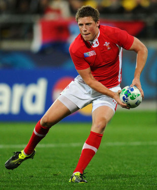 """Boo Rhys Priestland, and you boo Wales"""