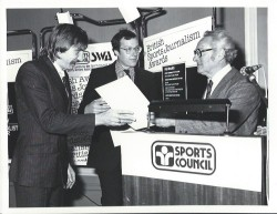 Chris Nawrat produced some awar-winning journalism at the Sunday Times, picking up a trophy here alongside Nick Pitt (centre)