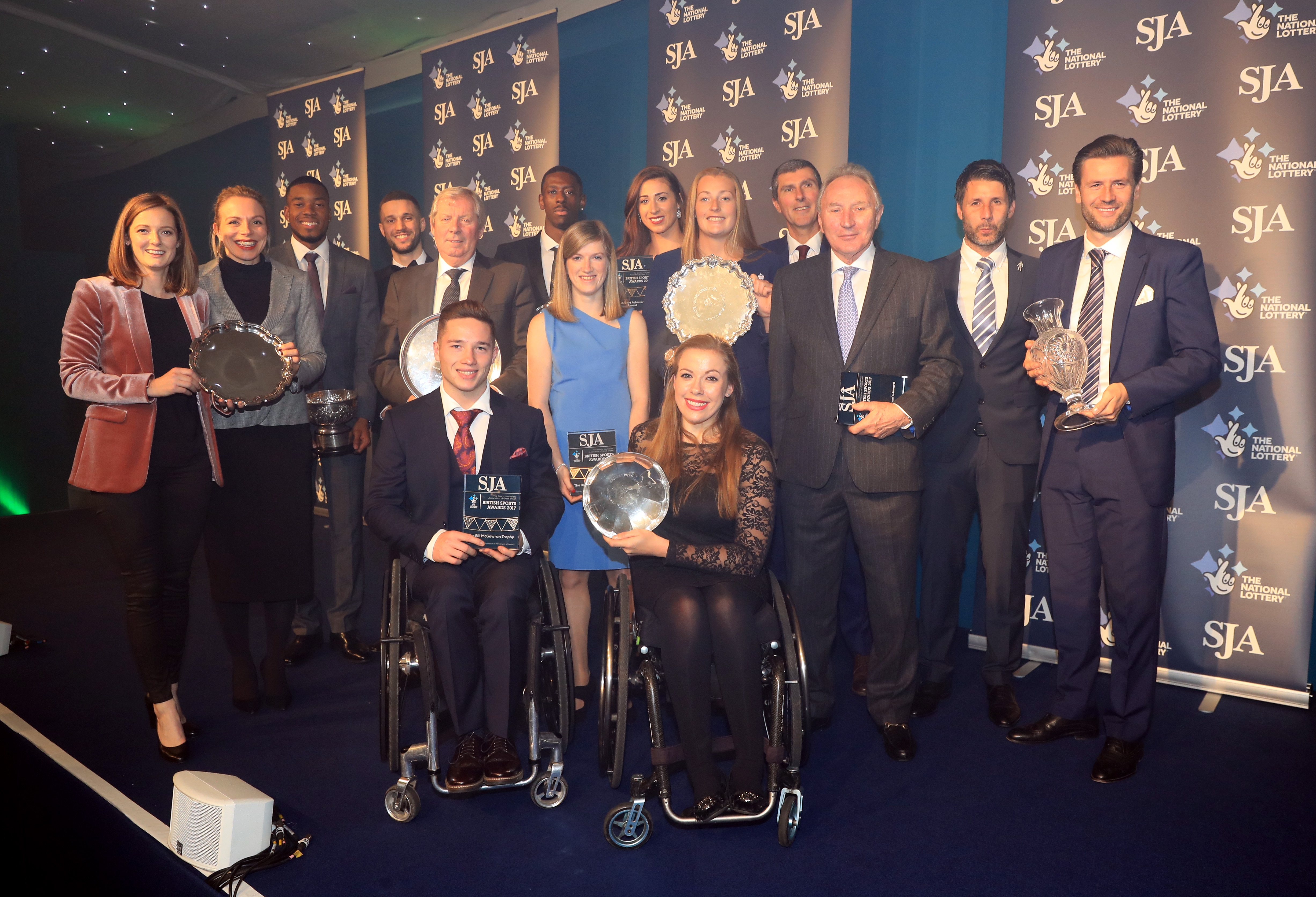 Froome, Cockroft and England women cricketers take SJA prizes