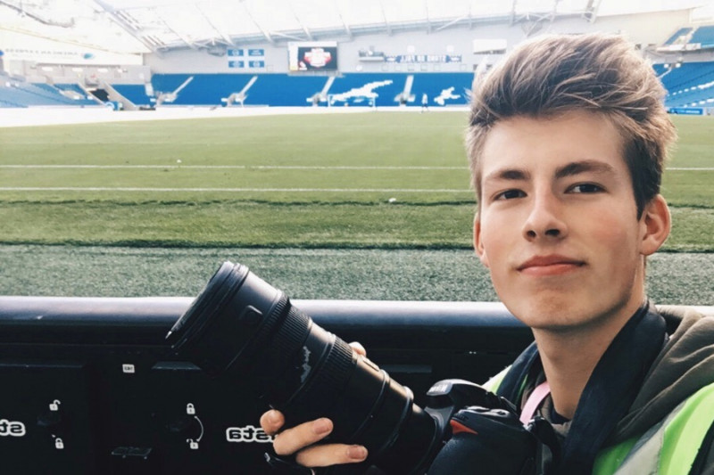 Student snapper sets up fund-raiser page after all his equipment is stolen